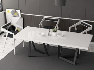 工业风会议桌